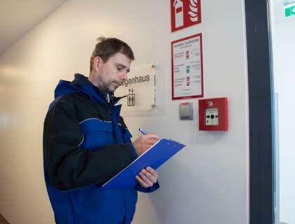 ASE Hausbetreuung - Hausbesorger - Sicherheitskontrolle - Notschalter