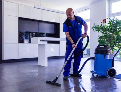 ASE Unterhaltsreinigung - Reinigungsservice - Boden wischen