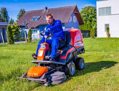 ASE Gartenarbeit, Baumschnitt, Gartenpflege - Rasen mähen